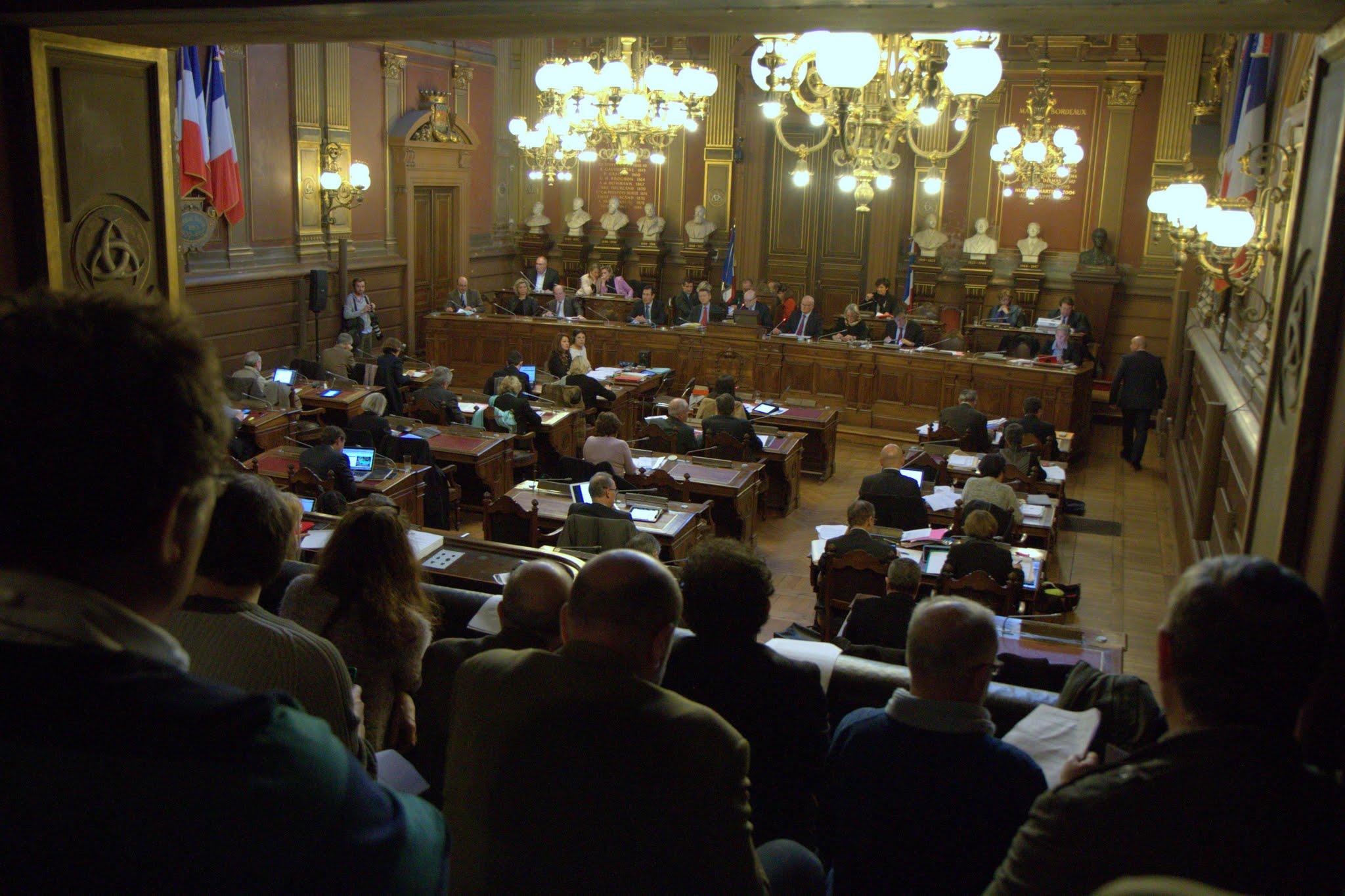 conseil municipal de Bordeaux crédit photo Yves Foubert