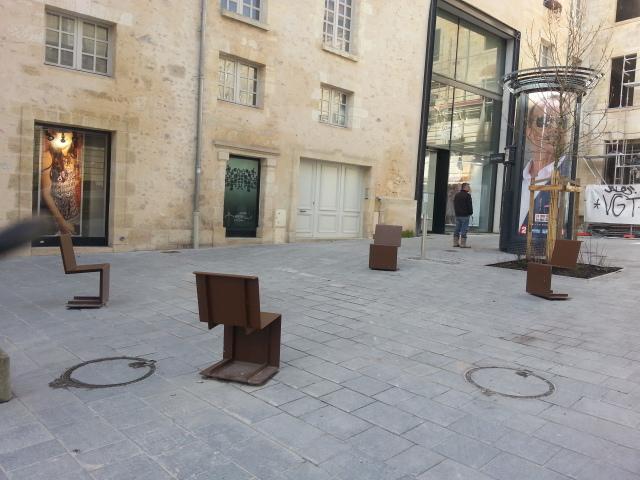Bordeaux place minérale